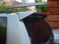 Спойлер над 5-ой дверью Pajero Sport