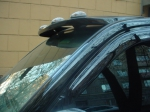 Козырек над стеклом Lexus LX470