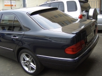 Спойлер AMG на багажник Mercedes w210